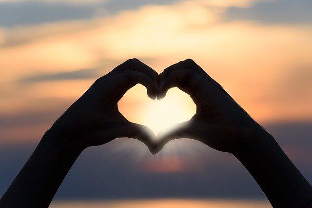 Srdce z rukou